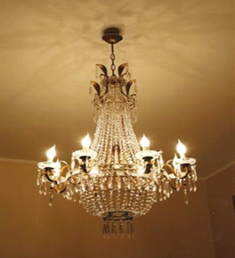 Antique Crystal 8 Light Regency Chandelier.